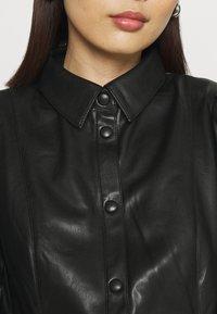 NA-KD - PUFF SLEEVE DRESS - Blousejurk - black - 5