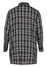 Zizzi - Button-down blouse - black comb - 3