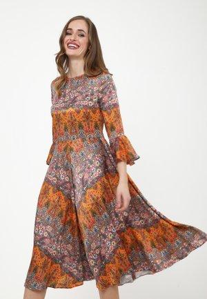 JULIETTE - Day dress - ingwer, rosa