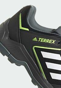 adidas Performance - TERREX EASTRAIL WANDERSCHUH - Outdoorschoenen - black - 5