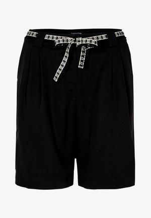 MIT STOFFGÜRTEL - Shorts - black