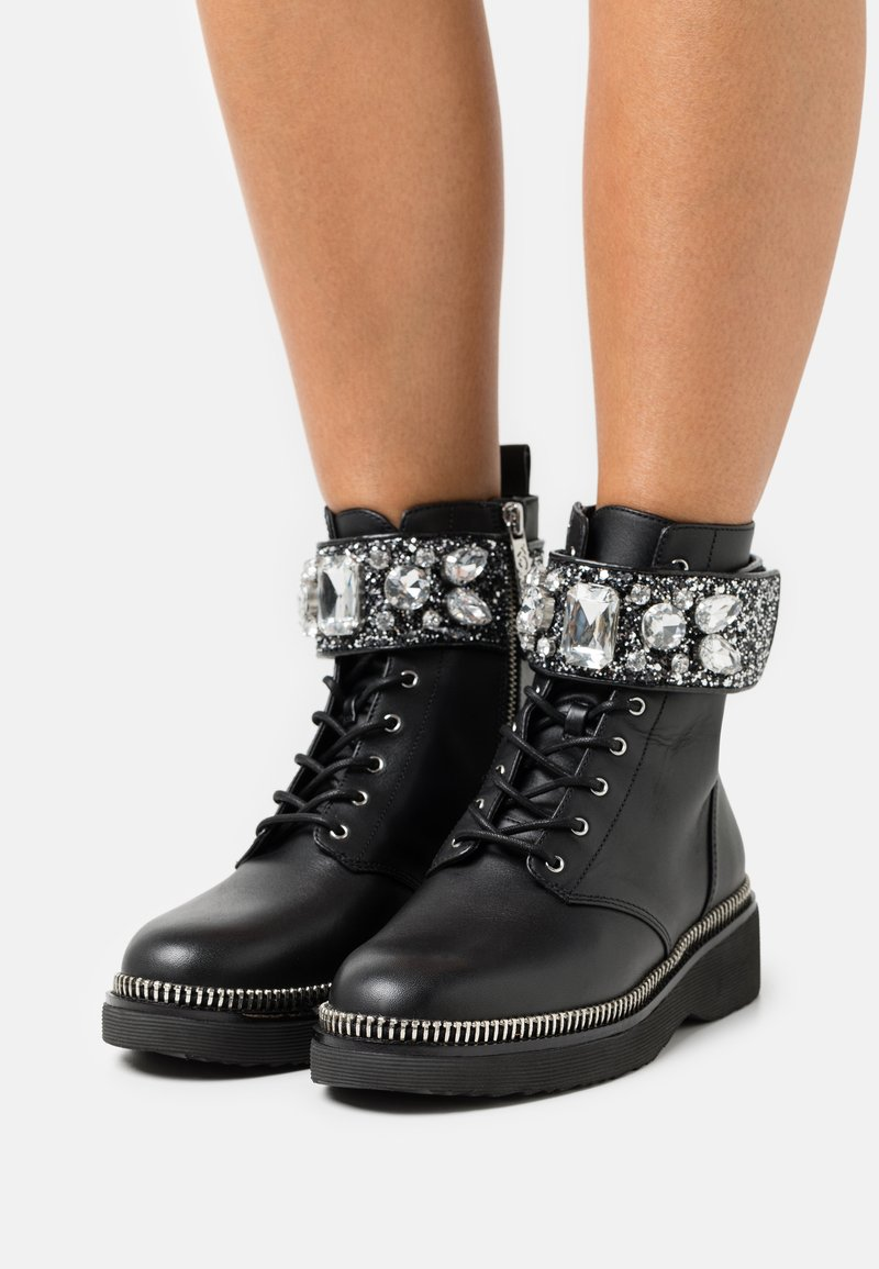 MICHAEL Michael Kors - HASKELL BOOT - Lace-up ankle boots - black