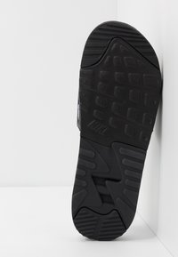 Nike Sportswear - AIR MAX 90 SLIDE - Ciabattine - black/white - 4