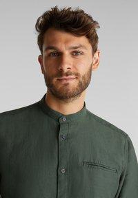 Esprit - WINTERWAFFL - Shirt - dark khaki - 3