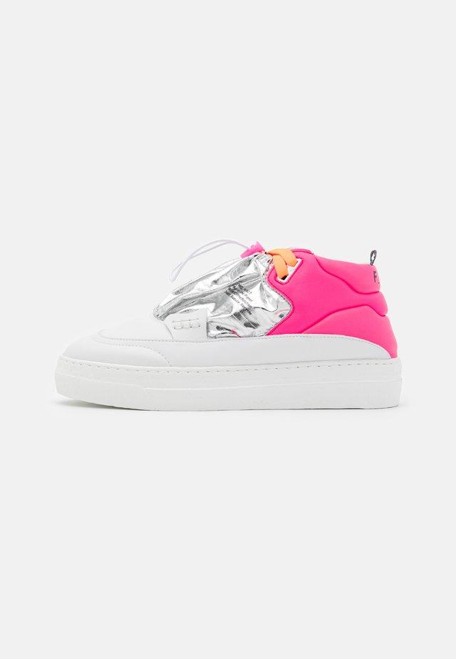 Sneakers hoog - pink