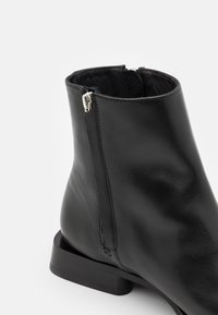 Tiger of Sweden - BEPPO - Classic ankle boots - black - 5