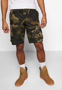 Bogner Fire + Ice - CLIO - Sports shorts - dark green - 0
