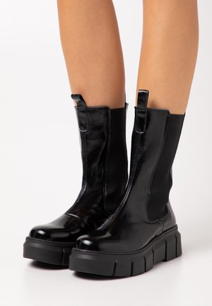 PICK UP - Platform ankle boots - black