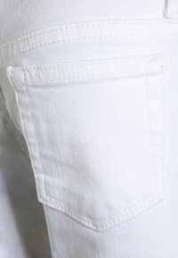 Polo Ralph Lauren - BOTTOMS - Jeans Skinny Fit - white - 2