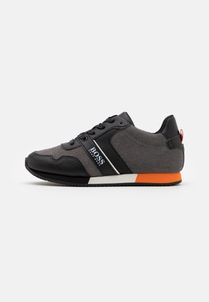 TRAINERS - Trainers - medium grey