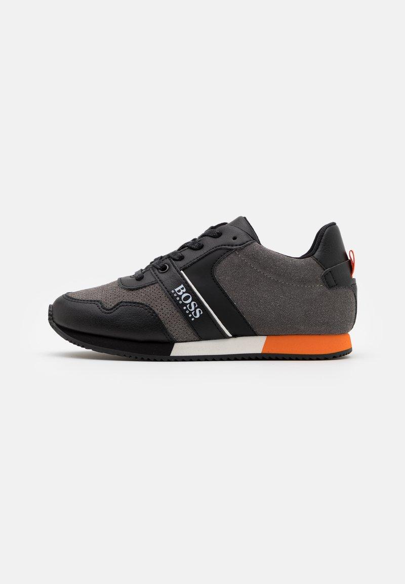 BOSS Kidswear - TRAINERS - Trainers - medium grey