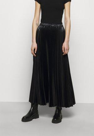 PRESENZA - Pleated skirt - black