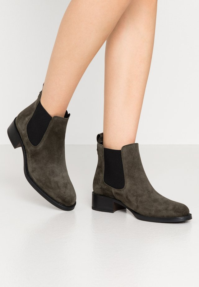 ALAIN - Ankle boots - forest