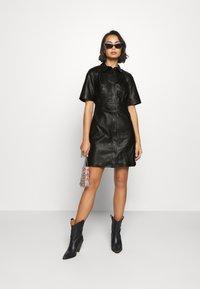Object Petite - OBJPRIA L DRESS  - Denní šaty - black - 1