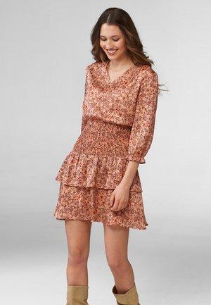 MIT BLUMENMUSTER - Day dress - steinrosa