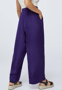 OYSHO - Kangashousut - dark purple - 2