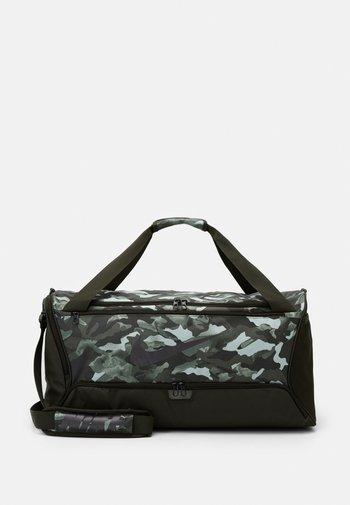 DUFF - Sports bag - white/sequoia/cool grey