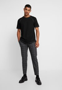 Shelby & Sons - SALTLEY TURN UP  - Trousers - grey - 1