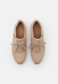 Clarks Unstructured - UN RIO LACE - Trainers - taupe - 5