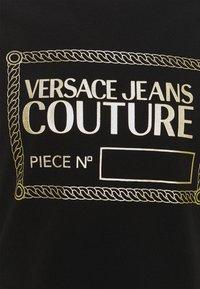 Versace Jeans Couture - T-shirt imprimé - nero/oro - 8