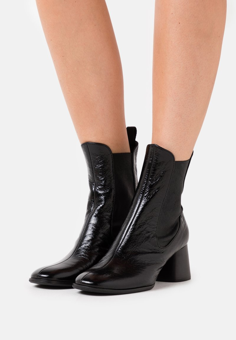 Högl - Classic ankle boots - schwarz