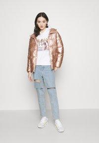 ONLY - ONLSAVANNAH METALLIC PUFFER - Winter jacket - frosted almond - 1