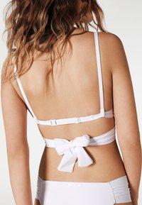 Calzedonia - INDONESIA - Bikini top - white - 2