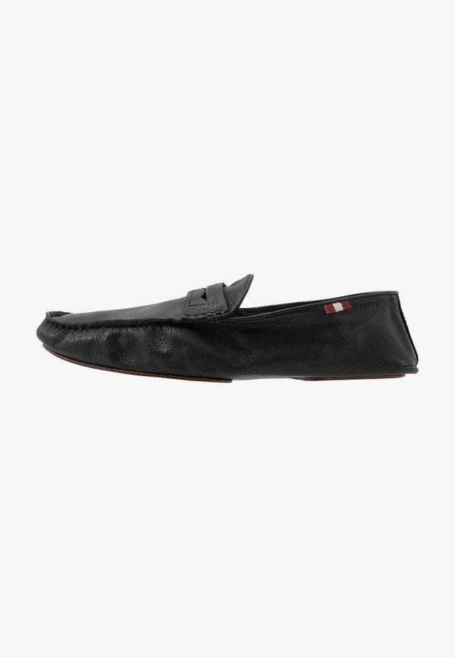 YVOR - Półbuty wsuwane - black