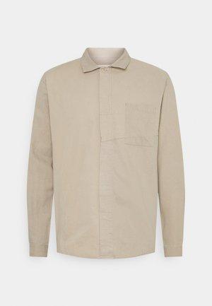 PUZZLE PATCH - Shirt - natural