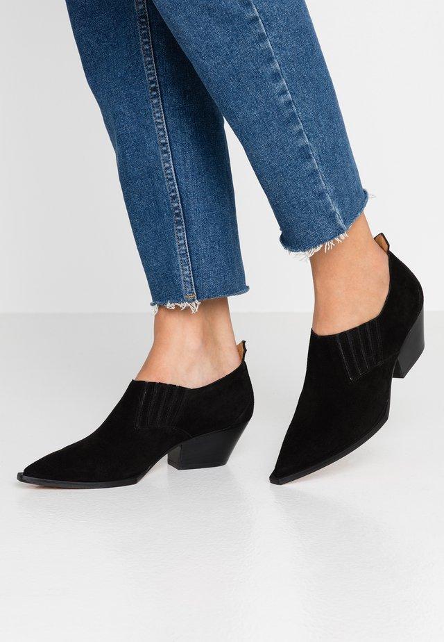 AUSTIN - Boots à talons - sioux black