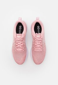 Nike Performance - REACT INFINITY RUN FK 2 - Nøytrale løpesko - pink glaze/white/pink - 3