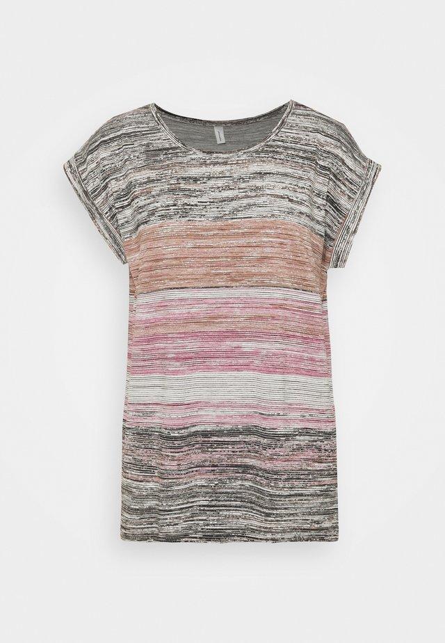 GALINA - T-shirts med print - dark pink rose