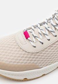 Columbia - SUMMERTIDE - Hiking shoes - dark stone/haute pink - 5