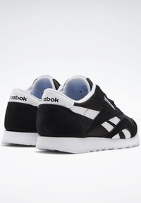 Reebok Classic - CLASSIC NYLON SHOES - Trainers - black - 3