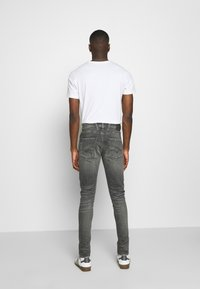 Replay - BRONNY AGED - Jeans Skinny Fit - medium grey - 2