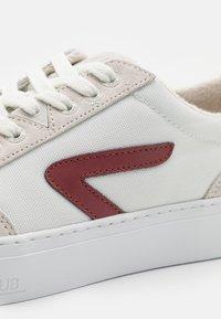 HUB - BREAK - Zapatillas - white/gravel - 5