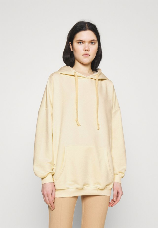 K&K  OVERSIZED SWEATER - Jersey con capucha - off white