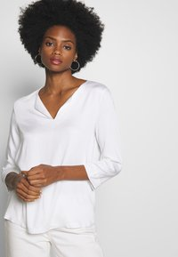 mine to five TOM TAILOR - Blouse - white - 0