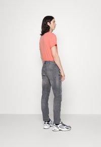 G-Star - 3D SLIM FIT - Slim fit jeans - grey denim - 2