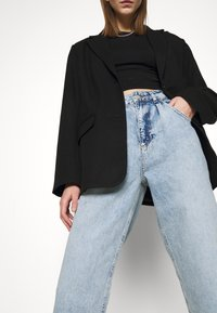 KENDALL + KYLIE - BALLOON PANTS - Jeansy Relaxed Fit - medium wash - 4