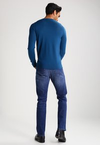 JOOP! - MITCH ONE - Straight leg jeans - medium blue - 2