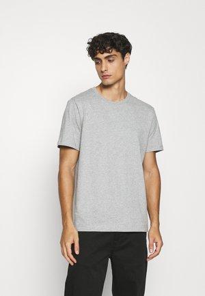 T-SHIRT - Basic T-shirt - grey medium dusty