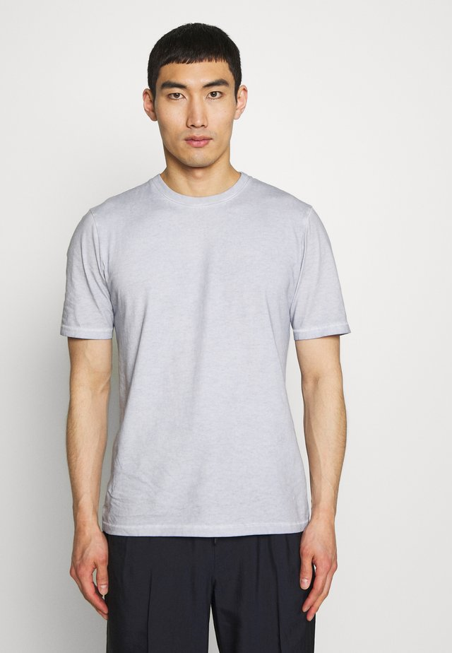 CONTRAST SLEEVE TEE - T-shirt print - cold dye mist