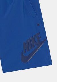Nike Sportswear - Shorts - game royal/blue void/white - 2