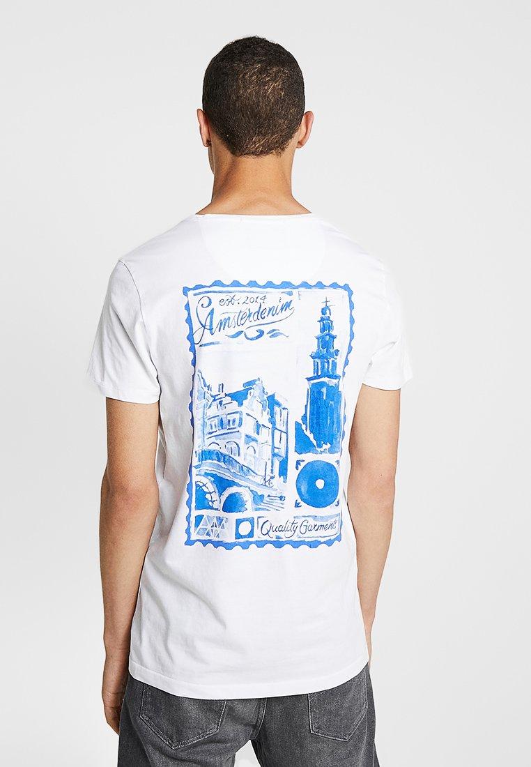 Amsterdenim - GROETEN UIT - T-shirt con stampa - white