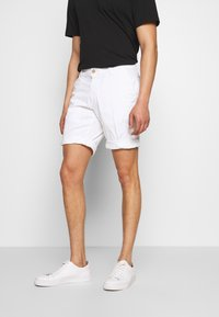 Baldessarini - JOERG - Shorts - white - 0