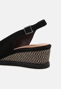 Tamaris - Wedge sandals - black - 7