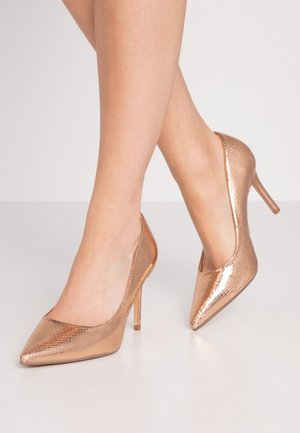 WIDE FIT DELE POINT COURT - Escarpins à talons hauts - rose gold