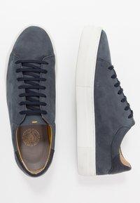 Sneaky Steve - SLAMMER - Sneakersy niskie - navy - 1