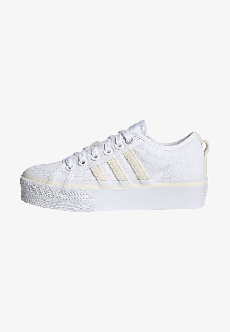 adidas Originals - NIZZA PLATFORM W - Baskets basses - ftwwht/owhite/silvmt
